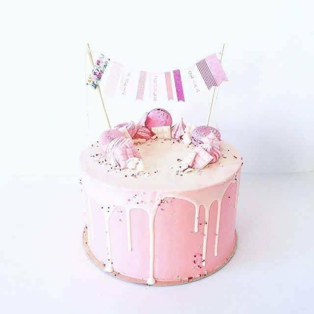 Празнична Розова Торта