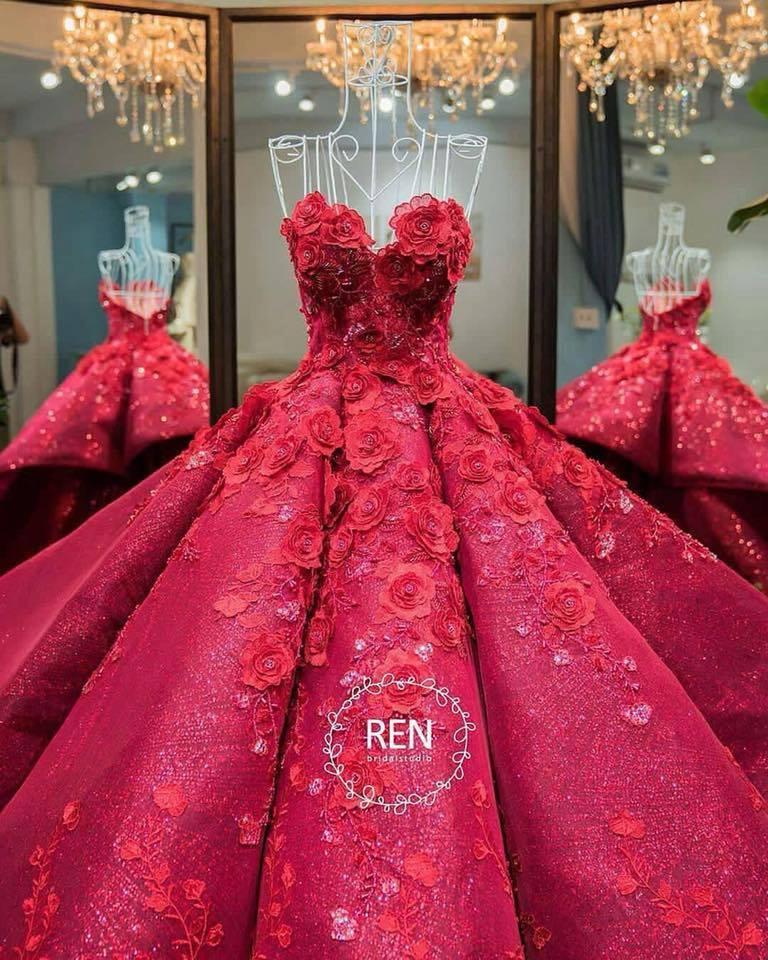 Дълга рокля за бал циклама