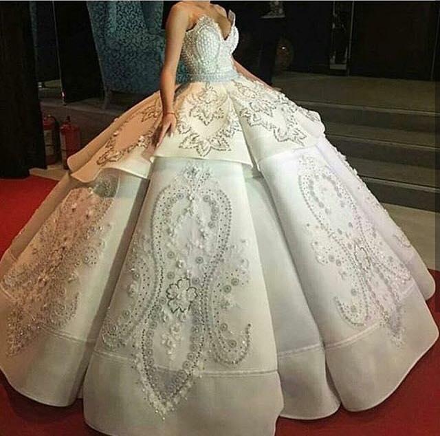 Дълга рокля за бал принцеса