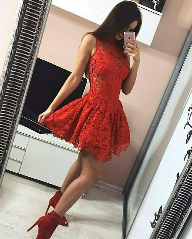 червена къса официална рокля дантела