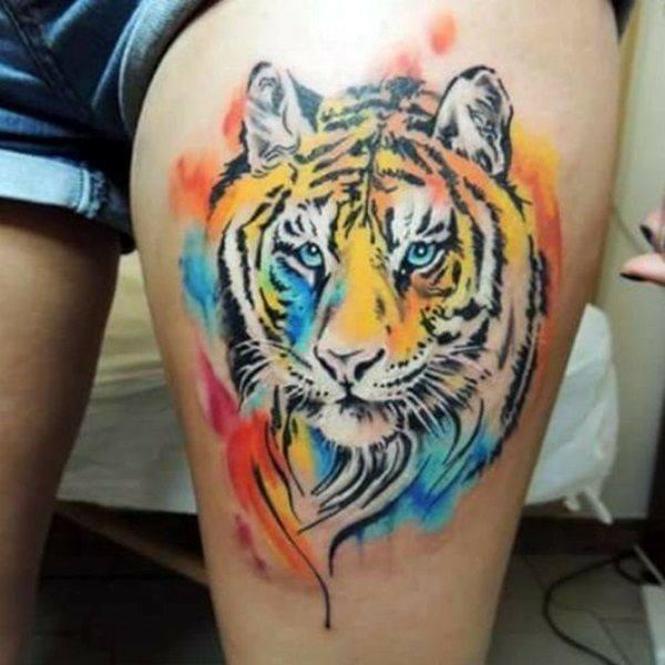 дамска татуировка с тигър на крака
