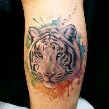 дамска татуировка с тигърче
