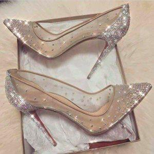 Блестящи официални обувки токчета