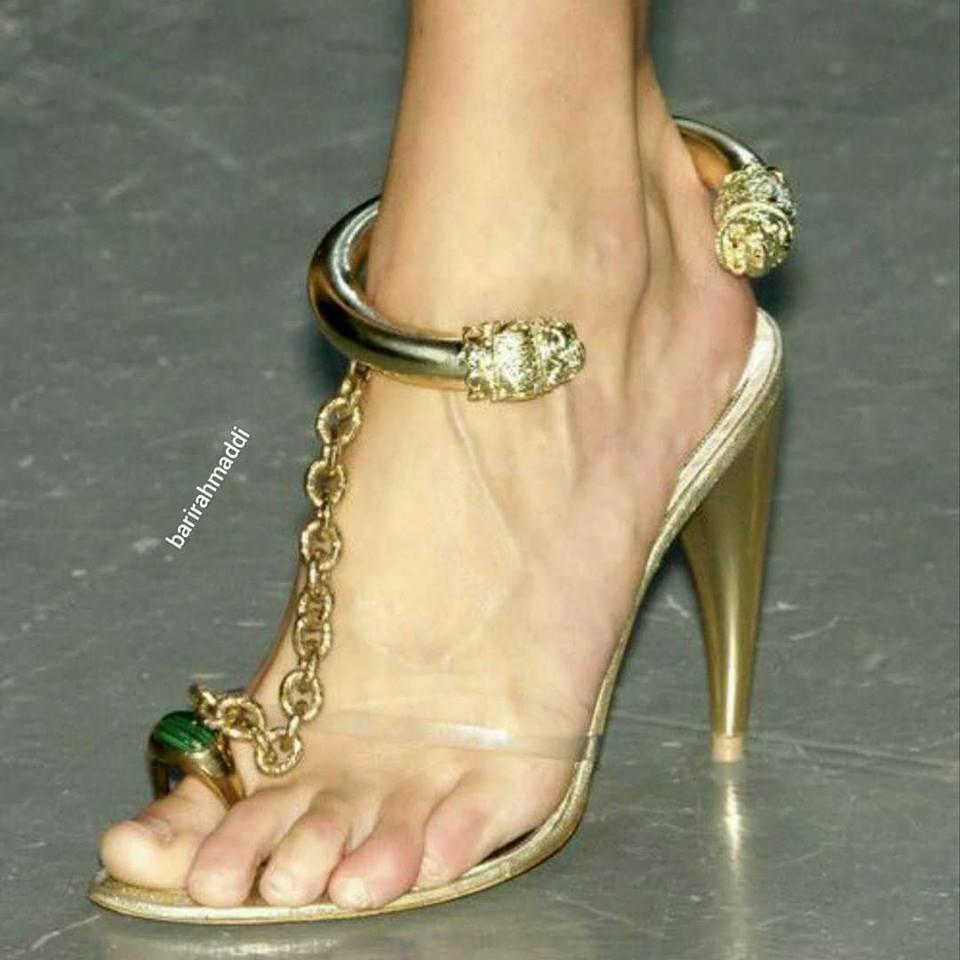 Блестящи официални сандали токчета