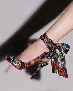 елегантни официални обувки с високи токчета цветен принт