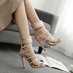 официални сандали с високи токчета