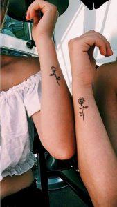 татуировка за влюбени двойки роза