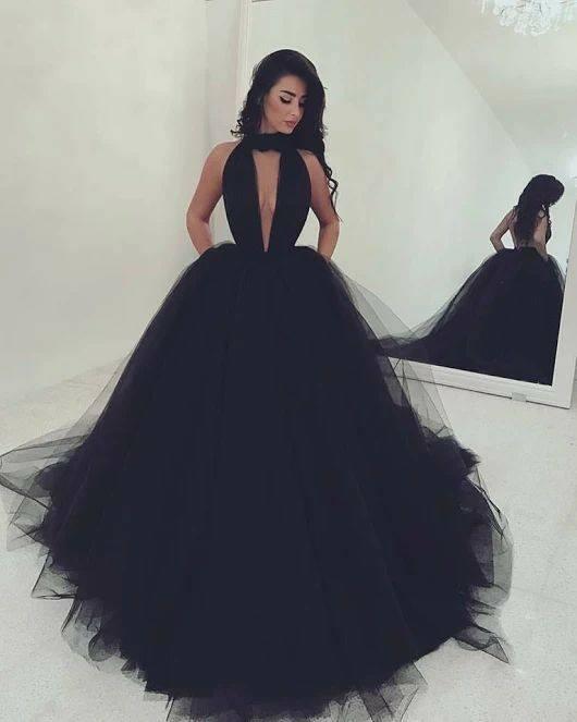 дълга черна официална бална рокля