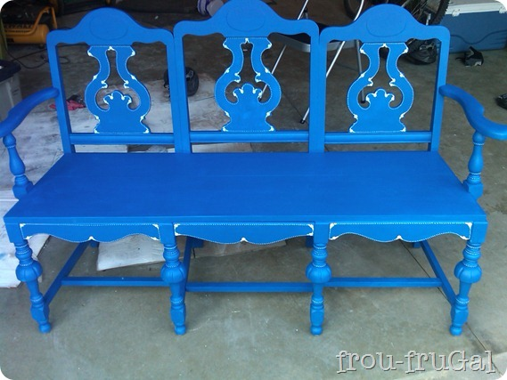 градинска пейка от стари столове