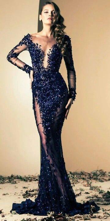 дълга тъмносиня официална рокля дантела