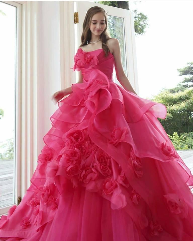 яркорозова бална рокля