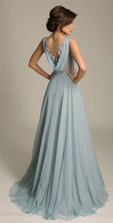 дълга бална рокля светлосин цвят