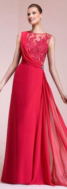 елегантна дълга червена рокля за бал