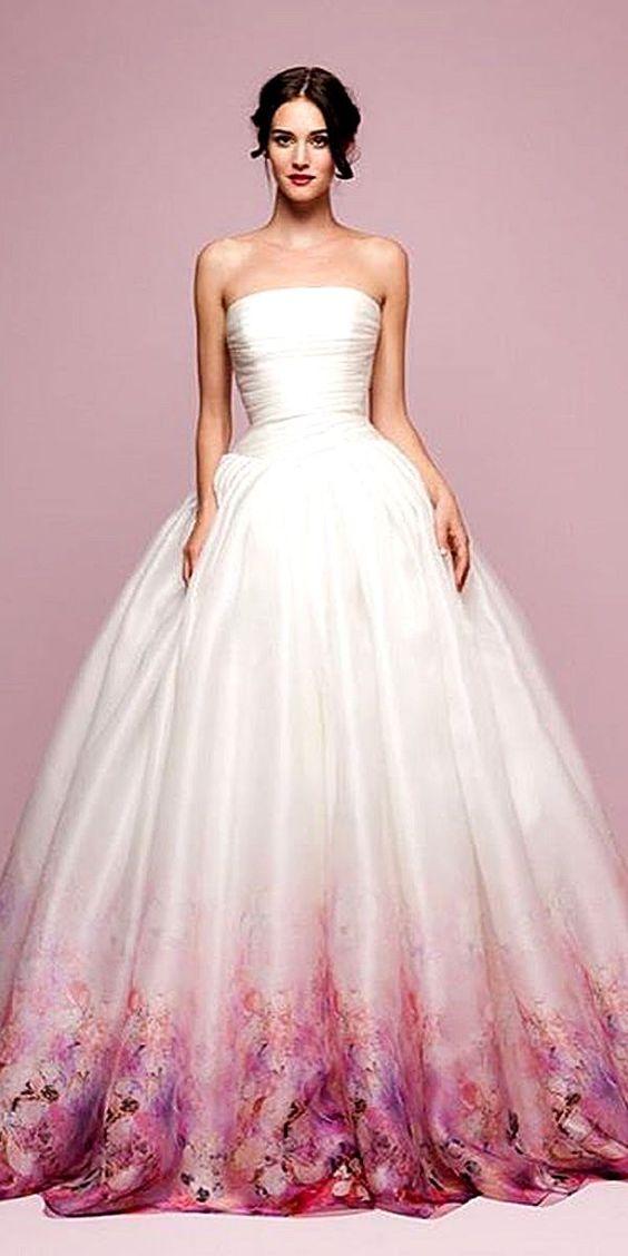 дълга бяла рокля за бал