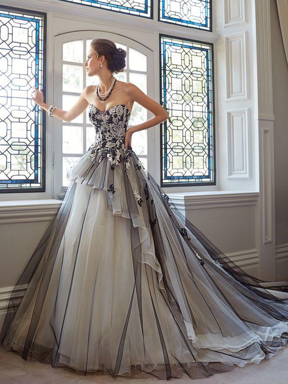 рокля за бал сиво и черно