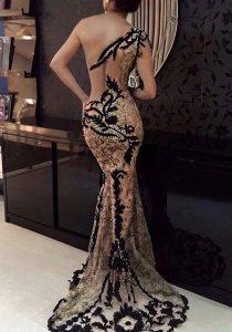блестяща бална рокля