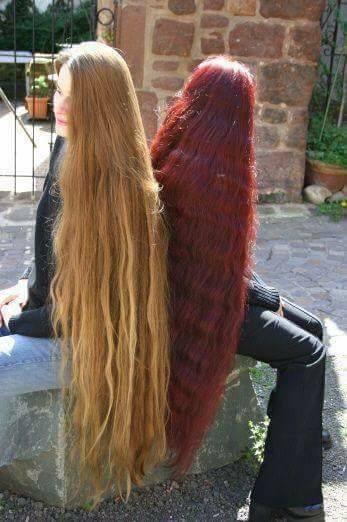 дълга коса до коленете