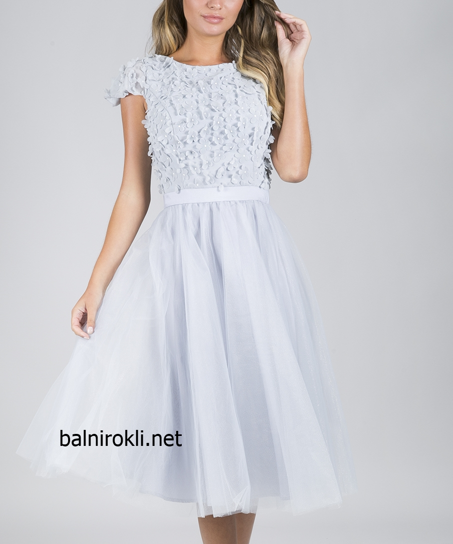 светлосиня рокля декорации