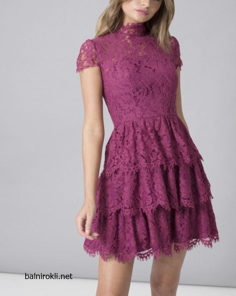 къса виолетова дантелена официална рокля