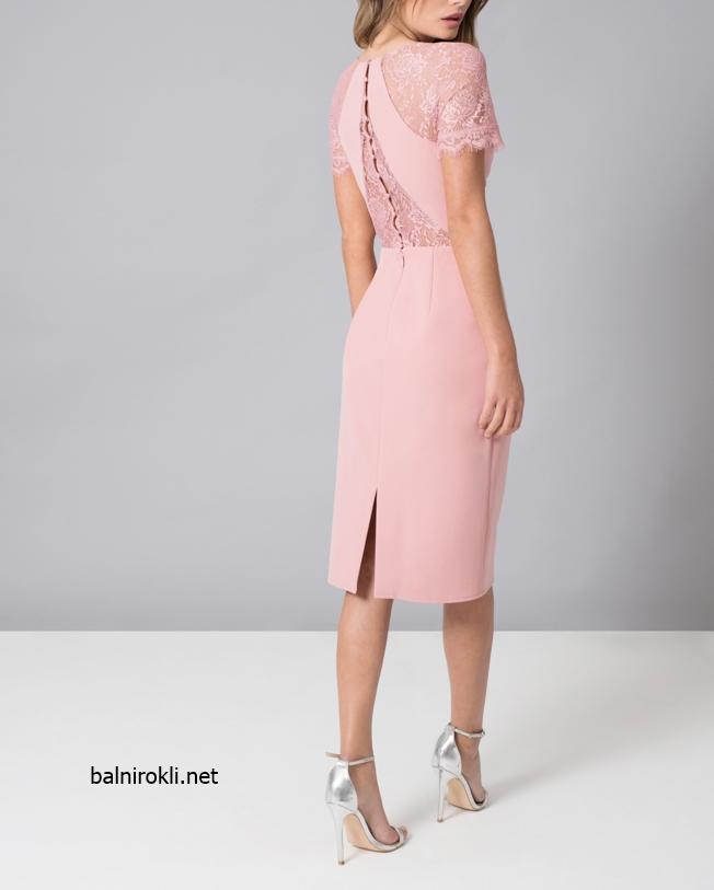 елегантна къса права розова рокля дантела