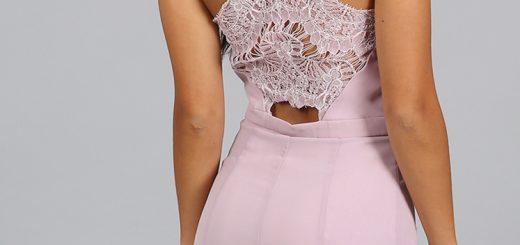 секси къса розова рокля дантела права по тялото