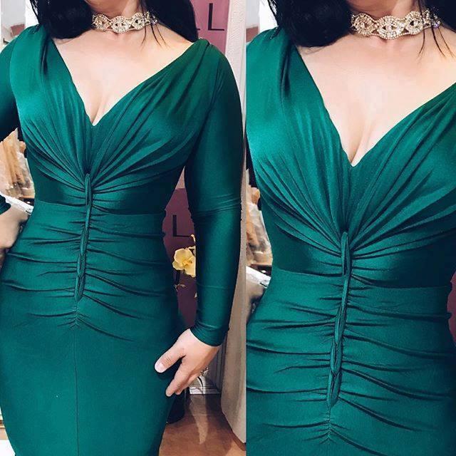 зелена бална дълга рокля