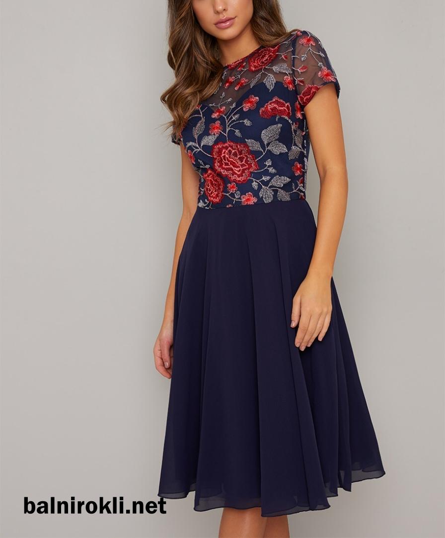 елегантна тъмносиня официална рокля средна дължина дантела флорал
