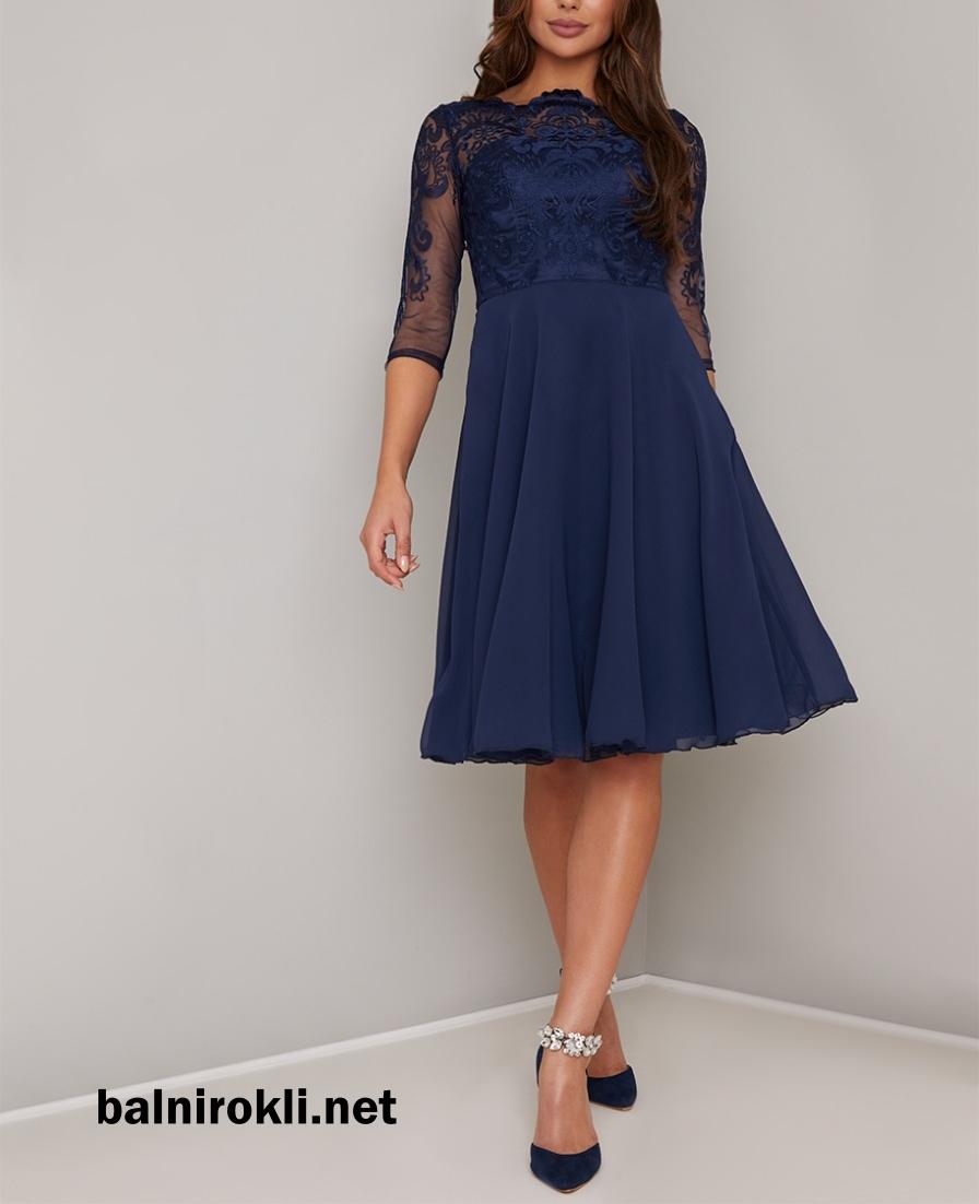 тъмносиня къса абитуриентска рокля дантела и шифон