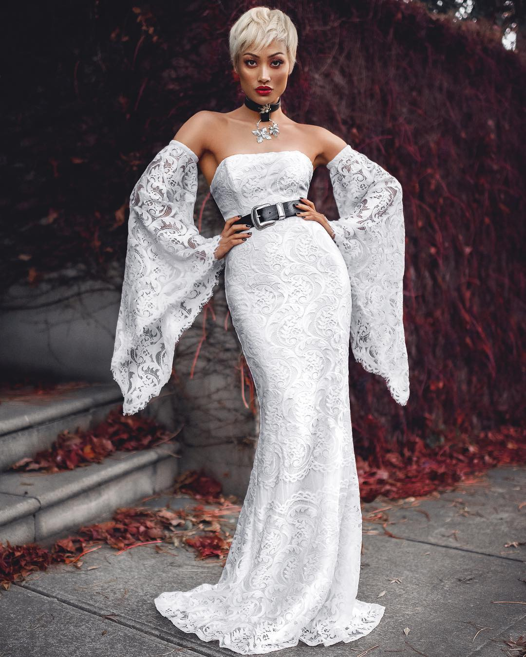 16 Модни Вечерни Рокли, Стилни и Съблазнителни модели за Елегантни Дами