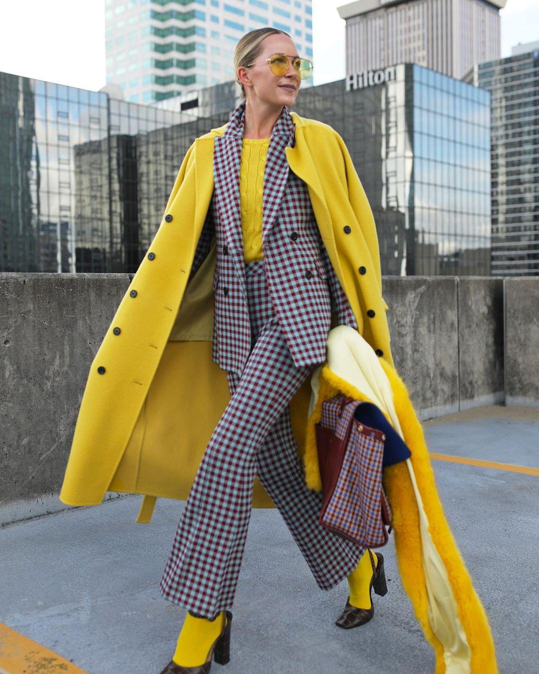 жълто палто