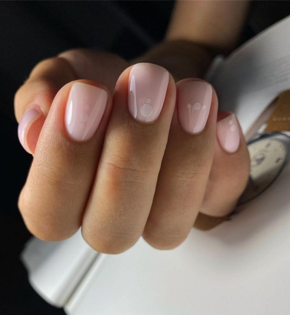 Делови Маникюр за къси нокти