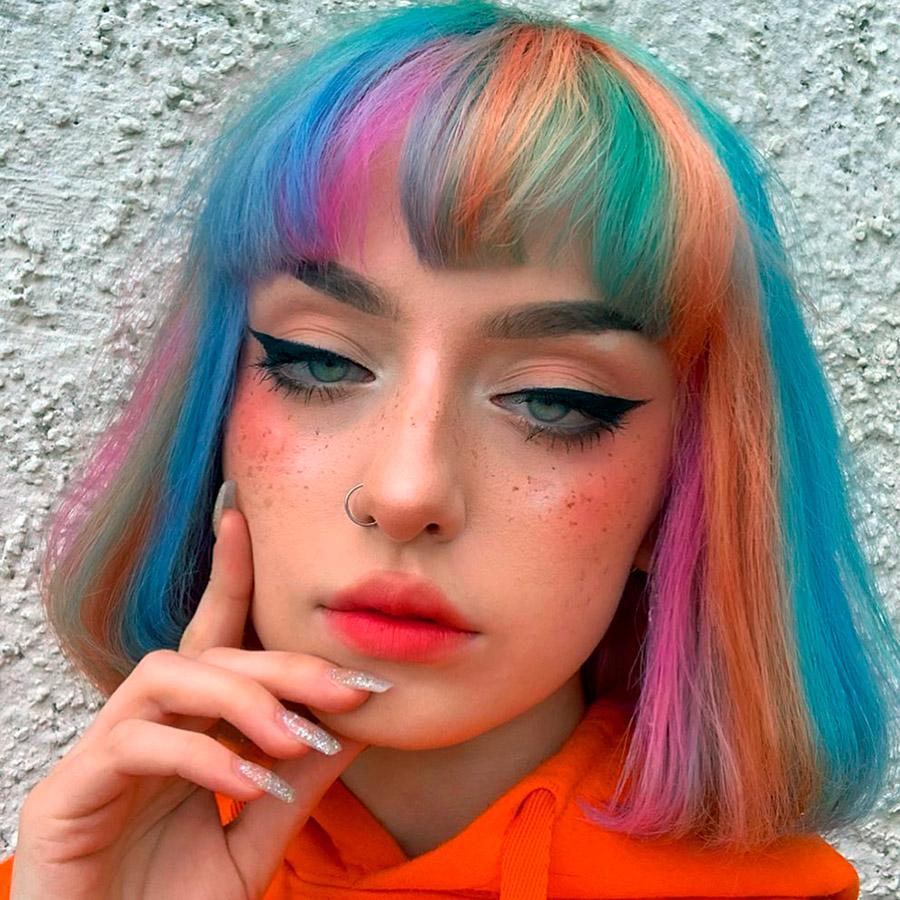 Ярко Боядисване на косата за Тийнейджърки
