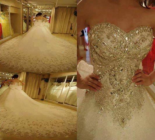 бална рокля с кристали