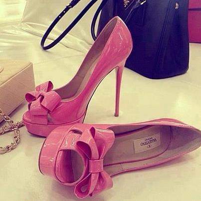 розови обувки с висок ток