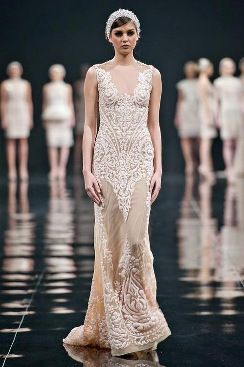 бална дълга рокля шапманско