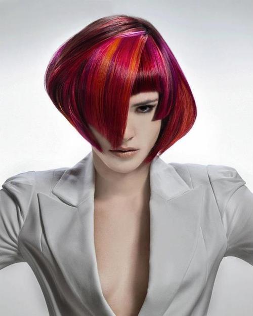 къса прическа червена коса