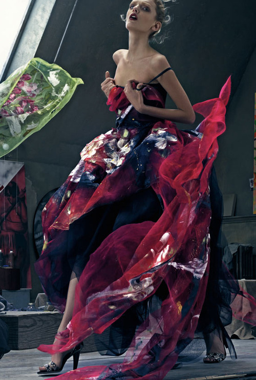 многоцветна бална рокля