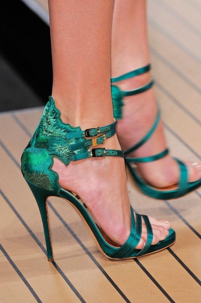 зелени бални сандали