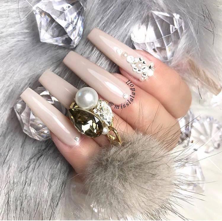 маникюр с диаманти кристали-balnirokli.com-2017-05-15